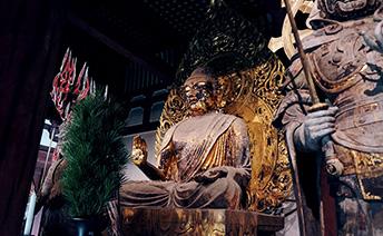 弥勒仏座像